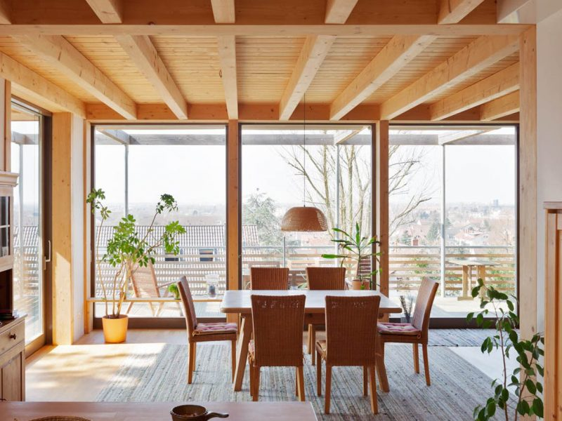 Holzfenster-Modernes-Holzhaus-Kiefer_Holzfenster-Innenraum-Heidelberg