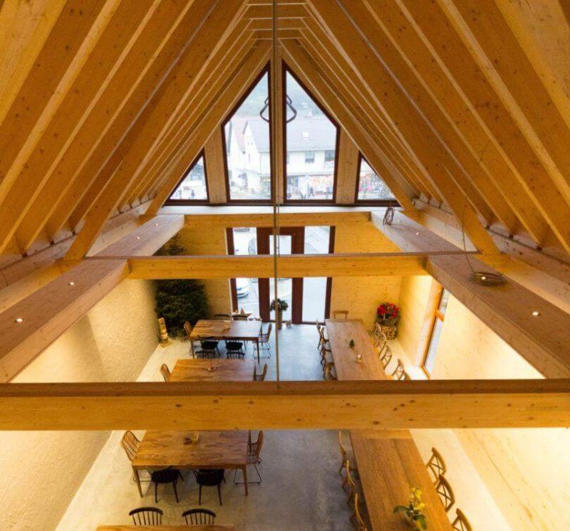 Holzfenster-Ochsenblutrot-Gastraum-Marktscheune_Meckesheim